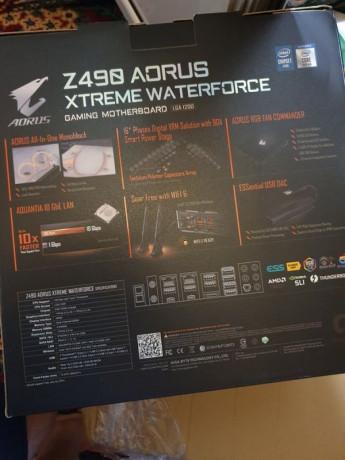 z490-aorus-xtreme-waterforce-sigilata-big-1