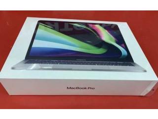 "Macbook Pro 13.3"" M1 8 Core NOU 8GB Ram, 512GB SSD SIGILAT Garantie"