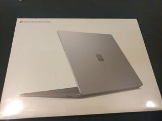 "Microsoft Surface Laptop 3 13"" - i5 / 128 Gb / 8 Gb Ram - Nou Sigilat"