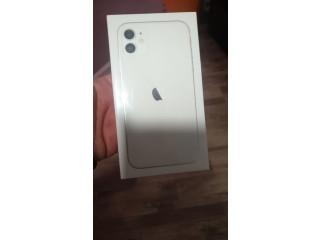 Iphone 11 - 64 gb , white , Nou sigilat