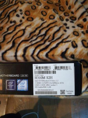 placa-de-baza-gigabyte-h310m-s2h-socket-1151-v2-h310m-s2h-sigilat-big-2