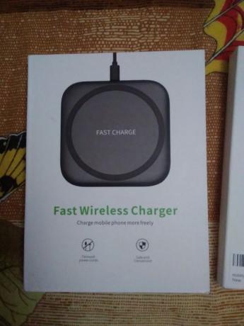 fast-wireless-charger-nou-sigilat-big-0