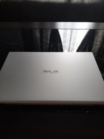 laptop-asus-nou-sigilat-big-0