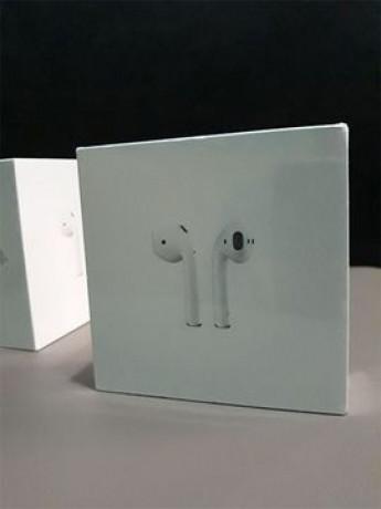 casti-apple-airpods-2-with-charging-case-nou-sigilat-originale-big-0