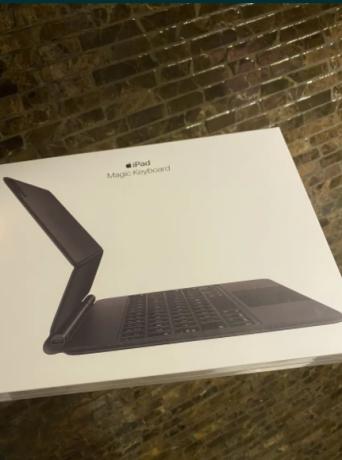 apple-magic-keyboard-ipad-pro-112gen-sigilata-big-0