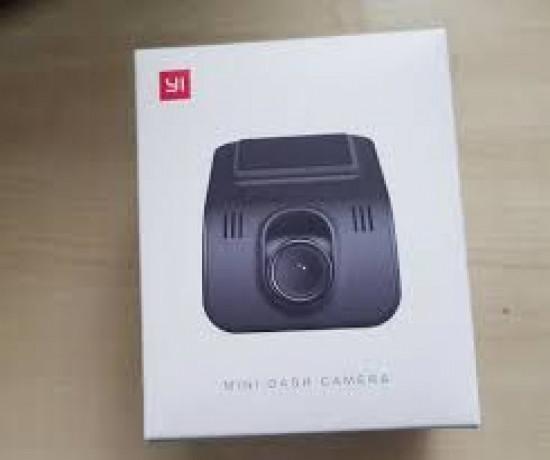 camera-bord-auto-yi-xiaomi-mini-dash-camera-1080p-noua-sigilata-big-0