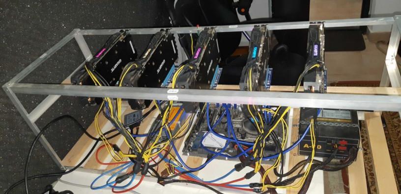 rig-minat-5-placi-video-gigabyte-gtx-1070-8-gb-big-1